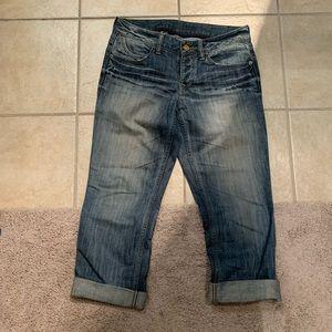 Express Capris Jeans. Size 4.
